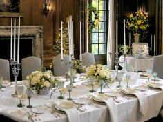Here, the dining room of Filoli, a country estate in Woodside, California, is decorated in green and white.