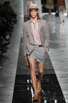 Fendi | Menswear - Spring 2018 | Look 20