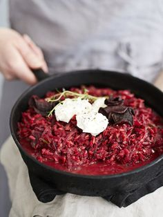 Punajuuririsotto | Kasvis, Arjen nopeat, Pastat ja risotot | Soppa365 Real Food Recipes, Cooking Recipes, Yummy Food, Mushroom Rice, Root Vegetables, Recipes From Heaven, Rice Dishes, Beetroot, Food Photo
