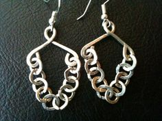 Hand forged silver textured flat chain  links hoop earrings by BLLstudio,