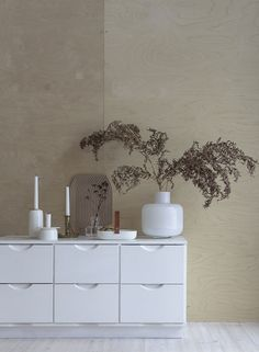 Marimekko's white Ming vase. From the blog Minna Jones