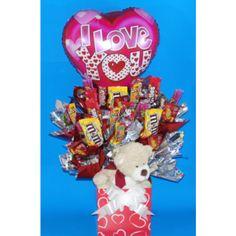 """Valentine Bear - Globo Métalico 18"""" San Valentin ( El modelo varía de acuerdo a la disponibilidad) - 3 Chocolates Grandes (M&M´s) - 2 Chocolates Chicos ( Carlos V) - 4 Dulces (Skittles) - 12 Tamarindos ( Mancha-T, Tiliko y Dedo Indy) - Oso Peluche - Tarjeta y Moño"""