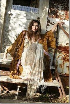 Autumn Boho / Gypsy Style    #boho #bohemian #gyspy  I WANT THE CLOTHES AND THE HOUSE!!!