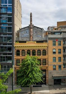 Skwachays Lodge in Vancouver Downtown Eastside. Aboriginal Art, Great Places, Vancouver, Studio, Fair Trade, World, Gallery, Canada, Urban