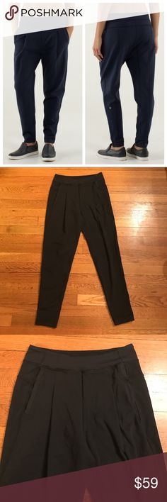 🍋Lululemon Take Me Om Yoga Pants in Inkwell Black Super cute pair of Lululemon yoga pants. In very good condition, very minor wear. Pockets in front and back! Inseam 25.75 inch. lululemon athletica Pants Track Pants & Joggers