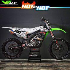 Hot or Not? Kawasaki Kxf450 build by @joshhansen100  #hotornotmx #kxf450 #kawasaki #kx450 #motocross #supercross #mxlife #braaap #joshhansen #mxdecals