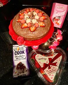 So will yee have tea or coffee with it lads ? 🍰 🍓 🍫 I baked a sponge cake with cream filling and raspberry jam then… Lindor, Sponge Cake, Acai Bowl, Cake Recipes, Raspberry, Irish, Pinterest Photos, Tea, Baking