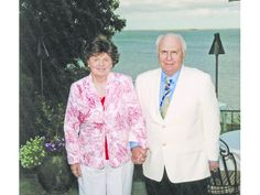Avon Residents Richard and Jane Lublin Receive UConn's Neag Medal of Honor for Waging War on Cancer