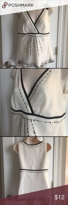 White House Black Market top size S 100% silk, fully lined, side zip, velvet details White House Black Market Tops