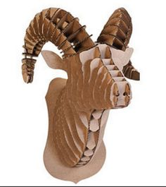 Rocky le bison - Cardboard Safari