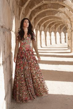 In the news: Pooja Hegde is perfection in our floral gown for @elleindia  Shop this outfit at our store  #varunbahl #varunbahlcouture#indianweddings #indianoutfit #bride #bridal#lehenga #couture #indianbride #weddinginspiration #indianfashion #fashion#womensfanshion #traditions#elegance #elegant #floral #inspiration #bridesmaid#ICW2016 #couture #magazine #red #lehenga #florallehenga #elegant #designerwear #indiandesigner  #hautecouture #designerlehenga #elle #poojahegde #thevintagegarden