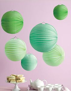 Green Accordion Paper Lanterns - 6 pcs - Irish Wedding Theme Favors - Wedding Favor Themes - Wedding Favors & Party Supplies - Favors and Flowers