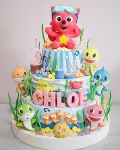 Baby shark do do do. Shark Birthday Cakes, 2nd Birthday Party For Girl, Boys 1st Birthday Party Ideas, Card Birthday, Birthday Greetings, Happy Birthday, Invitation Birthday, Birthday Decorations, Shark Cake