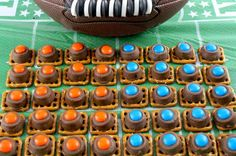 These Denver Broncos Pretzel Bites are sweet, salty, crunchy and delicious - an easy and fun treat for Football Game Day or a Super Bowl Party. Pretzel Treats, Pretzel Bites, Gator Party, Football Food, Bronco Football, Sports Food, No Cook Desserts, Tasty Bites, Denver Broncos