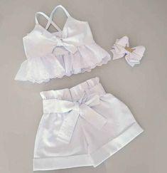 Baby Girl Frocks, Frocks For Girls, Baby Girl Dresses, Baby Dress, Cute Dresses, Short Dresses, Kids Outfits Girls, Little Girl Outfits, Cute Outfits For Kids
