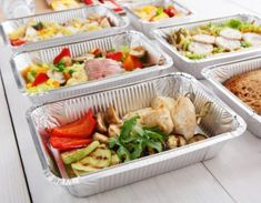 Start Eating Right With These Meal Prep Tips Liver Diet, College Meals, Krabi, Eat Right, Cholesterol, Banquet, How To Stay Healthy, Meal Planning, Meal Prep