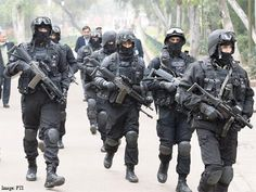 This episode of Watan Ke Rakhwale covers NSG Commandos who are said to be the ' last intervention force' to tackle any terror attack or hostage crisis. Description from article.wn.com. I searched for this on bing.com/images