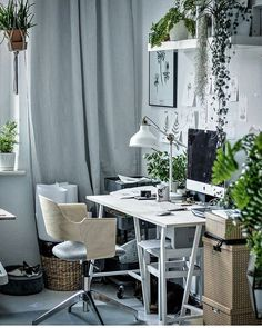 Pets in Workspaces Image Regram thanks to Margo @margo.hupert.art based in Poland.❤❤❤ Finishing up our Pets in Workspaces  feature with one of our favourite ever workspaces on Insta belonging to talented Illustrator, Artist and Designer Margo @margo.hupert.art. Margo's workspace studio is filled with pets and plants and is utterly purrfect to us....so agrees one very content cat! Thanks Margo we love your workspace and  pets in workspace style!❤❤❤ Shop the Look Chair, Desk & Lamp all Ikea