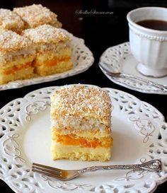 Niebiańskie Ciasto Brzoskwiniowo-Kokosowe