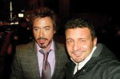 Robert Downey Jr. - Conhecer seu artista favorito pode ser uma experiência incrível! porém essa foto mostra que nem sempre é aasim.