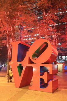 LOVE in Shinjuku. night shot.