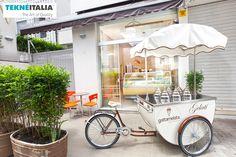"@tekneitalia - Ice Cream Shop: ""Gattamelata Gelateria"" - by #tekneitalia made in italy www.tekneitalia.com - San Paolo, Brasil - Model: Katerina gelato cart"