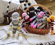 12 Insanely Adorable Sock Animal tutorials