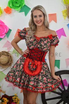 Vestido Floral Vermelho - Caipira Chic - comprar online Dance Dresses, Girls Dresses, Summer Dresses, Rockabilly Baby, Traditional Dresses, Dance Costumes, Custom Clothes, Summer Collection, Hijab Fashion