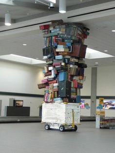 Pillar in the Sacramento Airport baggage claim area