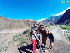 Una de las cosas más lindas que uno se encuentra viajando son los nuevos #amigos que pasarán a formar parte de nuestra #vida #viaje a #machupicchu #travel #southamerica #RTW #TravelAddict #travelgram #instatraveling #igers #love #instagood #like #instapic #instadaily #world #argentina #selfie #viajoalmundo #backpacker