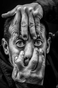 Art Photography Portrait, Photo Portrait, Face Photography, Pencil Portrait, Black And White Face, Black And Grey Tattoos, Black And White Portraits, Black And White Photography, Old Man Portrait
