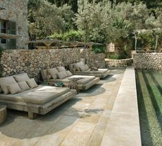 Gorgeous Italian countryside backyard with cozy outdoor lounges by the pool. Outdoor Seating, Outdoor Rooms, Outdoor Gardens, Outdoor Living, Outdoor Decor, Outdoor Beds, Lounge Seating, Outside Living, Garden Pool