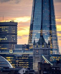 The Tower Bridge and The Shard. London.-