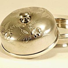 Vintage Wilcox Silverplate Covered Butter Dish Model 3244 – c1930 #Wilcox #WilcoxSilverplateCo