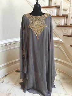 Egyptische godin Abaya Caftan, verfraaid Kaftan jurk, Marokkaanse Kaftan Maxi jurk, Dubai Kaftan, Beaded avond jurk, tuniek Indian Party Wear, Kaftan, Chiffon, Tunic Tops, Formal, Blouse, How To Wear, Wedding, Outfits