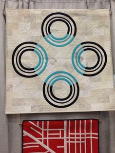 Moving Target by Christine Perrigo at QuiltCon | Right Sides Together