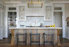 Renovation Inspiration: 12 Beautiful White Marble and Wood Kitchens
