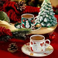 How to Make and Serve Turkish Coffee Christmas Coffee, Christmas Drinks, Cozy Christmas, Christmas Decorations, Cafeteria Menu, Tea And Books, Winter Drinks, Coffee Gifts, Turkish Coffee