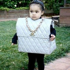 Haha! Too funny.  If I have a granddaughter, I'm making this for her!