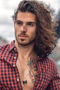 The Wide Collection Of the Trendiest Layered Haircuts Surfer Layered Curly Hair ★ Layered haircuts ideas to bring a welcome change into your hair's life. Find the perfect layered cut to match your features and style. Long Curly Hair Men, Asian Men Long Hair, Layered Curly Hair, Long Layered Haircuts, Long Hair Cuts, Hair And Beard Styles, Curly Hair Styles, Undercut Hairstyles, Short Hairstyles