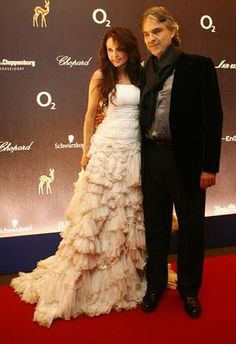 Sarah and Andrea Bocelli. They are magical together.   Pinned from PinTo for iPad 