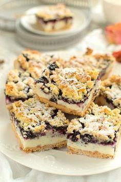 Kruche ciasto z jagodami i budyniową pianką Polish Desserts, Polish Recipes, Polish Food, Cheesecake Recipes, Dessert Recipes, No Cook Meals, No Bake Cake, Baked Goods, Sweet Tooth