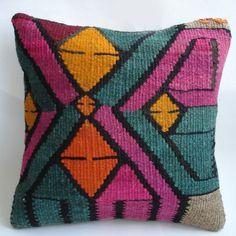 Turkish Kilm 'by sukan' Kilim Cushions, Throw Pillows, Cushion Inspiration, Vintage Blanket, Bohemian Pillows, Designer Pillow, Silk Painting, Rug Hooking, Handmade Art