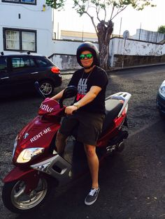 Vespa travels