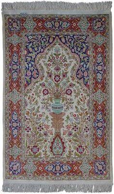 Tirkish Hereke silk rug