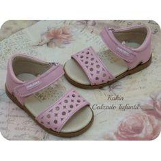sandalias niña - calzado infantil - moda infantil  Sandalias de piel en color rosa Pablosky