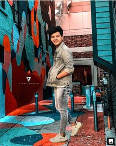 Buzzzfly brings for you a 60 latest images of Riyaz Aly the Tik Tok star. riyaz aly tik tok, riyaz aly musically, tik tok stars then and now, tik tok stars i. Photo Poses For Boy, Cute Boy Photo, Boy Poses, Mens Poses, Stylish Girl Pic, Stylish Boys, Photoshoot Pose Boy, Crush Pics, Handsome Celebrities