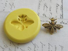 QUEEN BEE  Flexible Silicone Mold  Push Mold Jewelry Mold by Molds