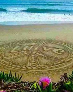 ☮✌~Paz y Amor ~✌☮ Peace ⊰❁⊱ Mandala ⊰❁⊱☮✿ڿڰۣ(̆̃̃ ❤ Peace Love Happiness, Peace And Love, Sky Sunset, Foto Top, Yoga Studio Design, Hippie Love, Hippie Chick, Hippie Peace, Happy Hippie