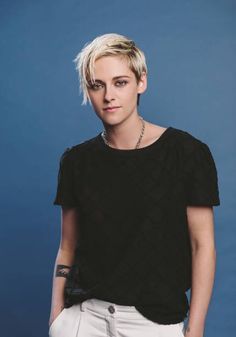 Kristen Stewart in Jeremiah Terminator LeRoy Kristen Stewart Short Hair, Kirsten Stewart, Wig Styles, Short Hair Styles, Hollywood Actresses, Actors & Actresses, Short Hair Undercut, Aesthetic People, Cut And Style